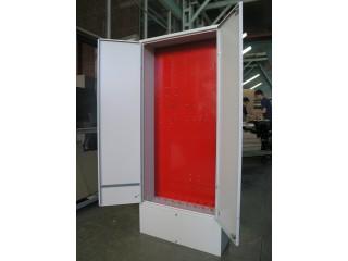 Шкаф монтажный 700х1600х250 мм (размер монтажной панели - 635х12
