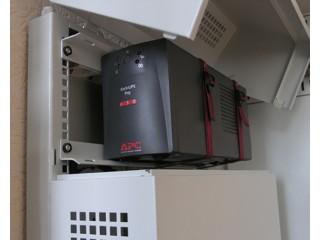 Пример установки ИБП в шкаф